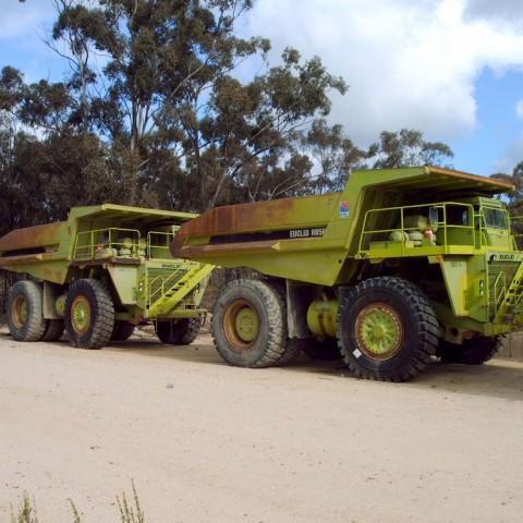 Mining truck sandblasting